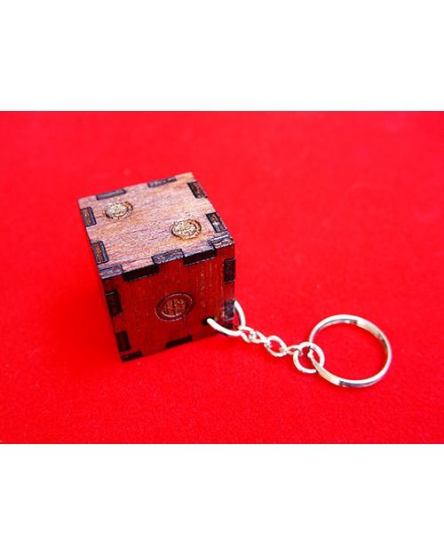 Mentalna Kocka z obeskom za ključe (Mental Dice Hekate)