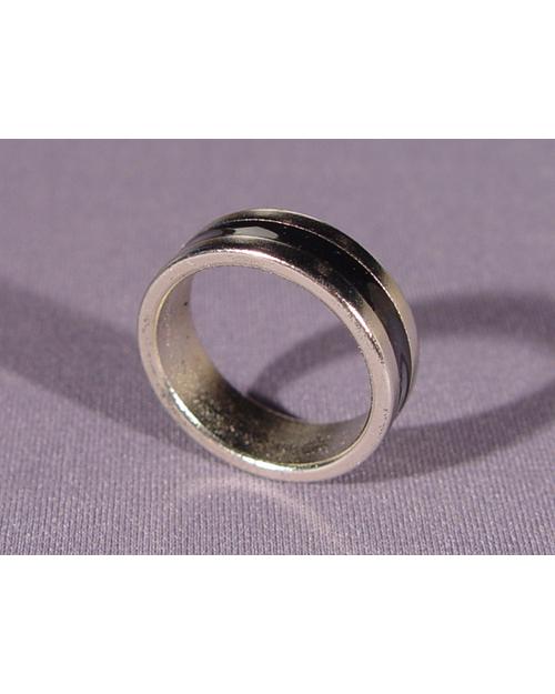 PK Ring (magnetni prstan) srebrn s črnim kolobarjem