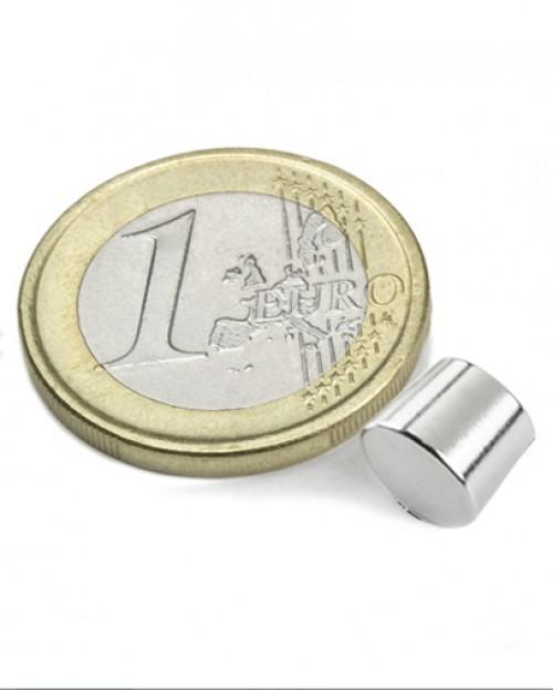 Magnet Supermočan valj, premera 5 mm x 5 mm
